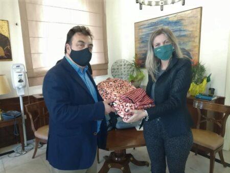 Δήμος Πύργου: Σχολικές τσάντες γεμάτες αγάπη από μαθητές του εξωτερικού σε μαθητές της πυρόπληκτης Βαρβάσαινας- Με πρωτοβουλία της δικηγόρου Μαριάννας Σταθοπούλου
