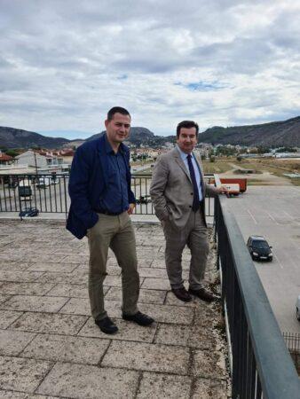 ΠΔΕ: Επίσκεψη Θ. Βασιλόπουλου στην Περιφέρεια Πελοποννήσου – Συνεργασία με τους Αντιπεριφερειάρχες Κορινθίας και Αργολίδας για σταφίδα - εσπεριδοειδή
